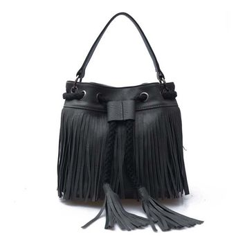 Fashion new women cheap bag ladies handbags famous breads high quality shoulder bag versatile single tassel string bucket girls