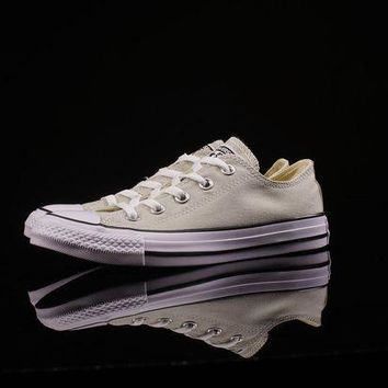LMFUX5 CONVERSE Chuch Taylor All Star OX LIGHT SURPLUS