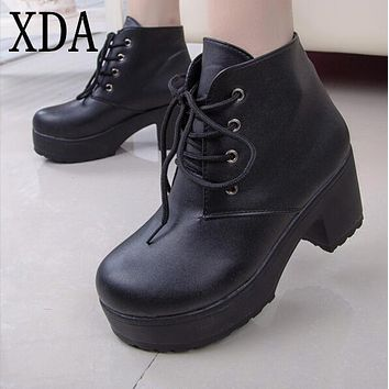 XDA 2017 New Fashion Black&White Punk Rock Lace Up Platform Heels Ankle Boots thick heel platform shoes free shipping P062