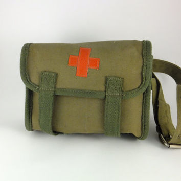 Vintage Military Medical Red Cross Bag, Red Cross Bag, First Aid Bag, Waist bag