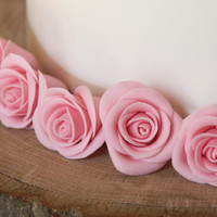 Edible pink rose cake toppers, flower wedding cake decoration - sugar flowers - fondant roses x 5