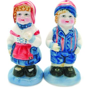 Vintage Salt and Pepper Shakers Scandinavian Couple