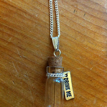 "Alice in Wonderland themed necklace, featuring bottle and ""drink me"" tag/label - Disney Inspired Silver necklace"