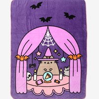 Pusheen Halloween Throw Blanket