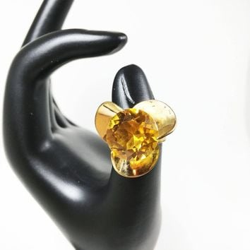 Large Topaz Yellow Rhinestone Cocktail Ring Vintage Sarah Coventry Floral Gold Tone Statement Jewelry Size 5 1/4 US Adjustable Statement