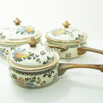 Vintage Asta / Asta-style enamel cookware sauce pans pots - Cream color bronze handles - Amsterdam pattern (Set of 3) Excellent condition
