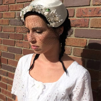 Vintage Dress Hat Ivory White Flowers Black Veil Retro 50s 1950s