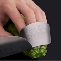 Free shipping Kitchen Cooking Tools Stainless Steel Finger Hand Protector Guard Personalized Design Chop Safe Slice Knife