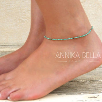 Turquoise Beads Anklet, Delicate Turquoise Anklet, Turquoise Ankle Bracelet, Layering Anklet, Gold Foot Jewelry.