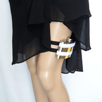 Adjustable Flask Garter 4oz Flask  - Pittsburgh Steelers inspired