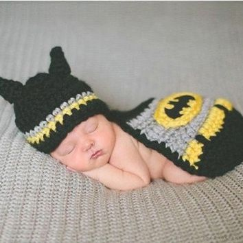 Crochet Newborn Baby Batman Superhero Hat Mask & Cape Costume Photography Props (color: Black)