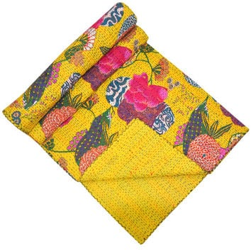 On Sale Yellow Queen Kantha Quilt, kantha Blanket, kantha throw, kantha Bedspread, Bed Cover In floral kantha bed cover, indian sari quilt