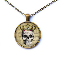 Crowned skull necklace Gothic jewelry Macabre pendant CWAO105-1