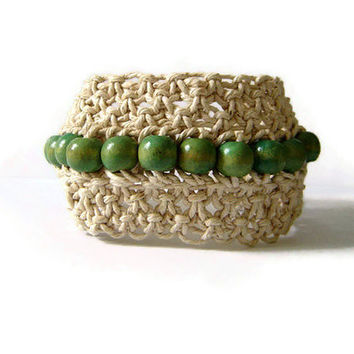 Macrame bracelet - beaded cuff bracelet - beige and green