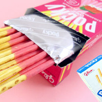 Buy Glico Pocky Biscuit Sticks - Strawberry Flavour at Tofu Cute