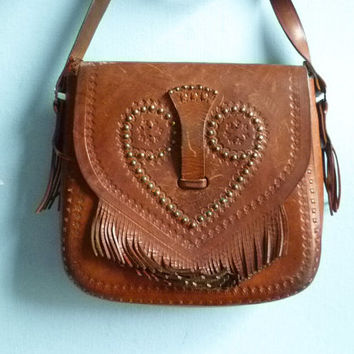 Vintage brown leather purse bag shoulder bag crossbody / handtooled / distressed / folk hippie / 70s