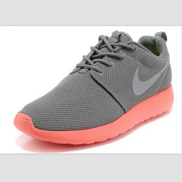 NIKE fashion network sports shoes casual shoes Medium gray pink
