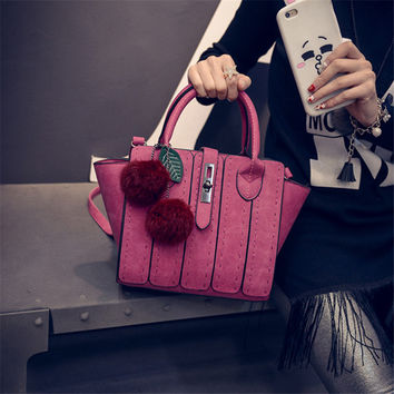 Winter Stylish Patchwork Leaf One Shoulder Bags Bat Tote Bag [6582852999]