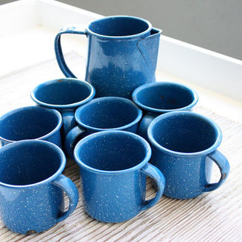 Vintage Set Of 7 Blue Enamel Speckled Mugs And Pot // Moscow Mule Mugs // Cocktail Mugs // Picnic Mugs / Enamel Pot