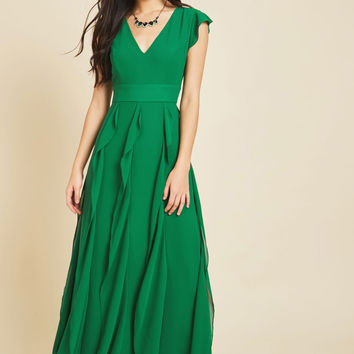 Exquisite Epilogue Maxi Dress in Clover | Mod Retro Vintage Dresses | ModCloth.com