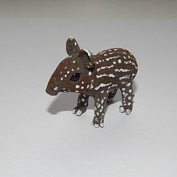 Malayan baby tapir figurine, tapir sculpture, tapir handmade of clay, Animal Sculpture, miniature animal tapir totem, collectible figurines