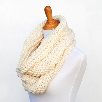 Chunky crochet scarf cream, off-white, winter white, women's accessories, The Battery Park scarf