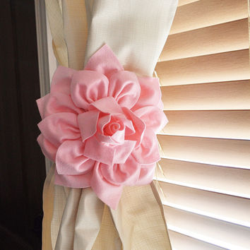Two Dahlia Flower Curtain Tie Backs Curtain Tiebacks Curtain Holdback - Drapery Tieback - Baby Nursery Decor - Light Pink D