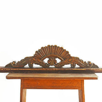 Architectural Wooden Décor, Vintage Salvaged Hand Carved Wood Remnant, Arched Wooden Pediment Wall Décor, Vintage Mantel Decoration