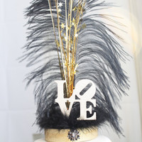 LOVE Gatsby black and gold feather cake topper