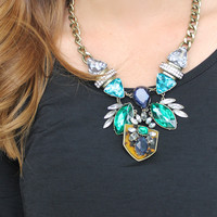 Kat & Leo Statement Necklace in Mint