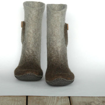 Hand felted women boots Natural and Easy, woolen shoes, winter boots