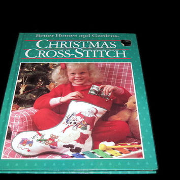 Vintage Craft Book, Christmas Crafts, Better Homes and Gardens, Christmas Cross Stitch, Hardcover book, Holiday Crafts, Crafting Book
