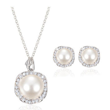 Rhinestone Pearl Necklace Earrings Jewelry Set