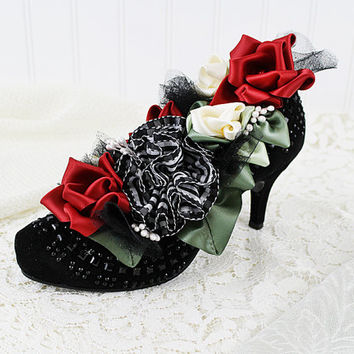 High Heel Shoe Flower Arrangement, Black Beaded Shoe with Red Roses, Vintage Shoe, Victorian Floral, Pump Shoe, Ribbonwork Flowers