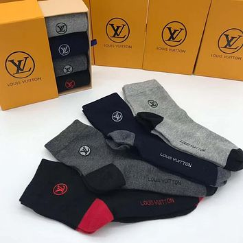 Louis Vuitton LV  Men Fashion Casual Sport 100% Cotton Socks+Gift Box