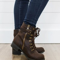 Edge Of Seasons Boots - Chocolate