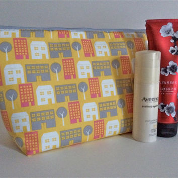 Extra Large Cosmetic Bag Toiletry Bag Travel Bag Makeup Bag in Cityscape