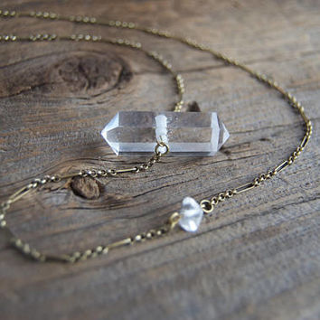 Quartz Necklace » Quartz Point Necklace » Clear Quartz Crystal » Quartz Pendant » Healing Crystals » Boho Jewelry » Natural Crystal Point