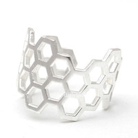 honeycomb ring, adjustable ring, honeycomb, hexagon ring, geometric jewelry, unique ring, stretch ring, cool ring, jewelry, ring