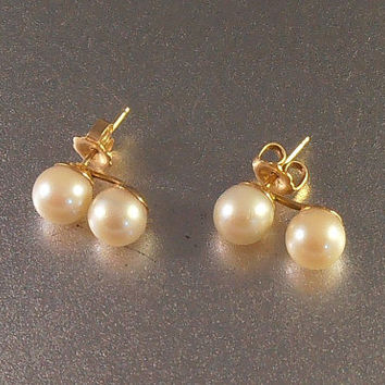 14K Pearl Earrings, Double Pearl 8mm, Yellow Gold 2.5 grams, Well Matched Luminous, Wedding Bridal Jewelry, Gift for Her