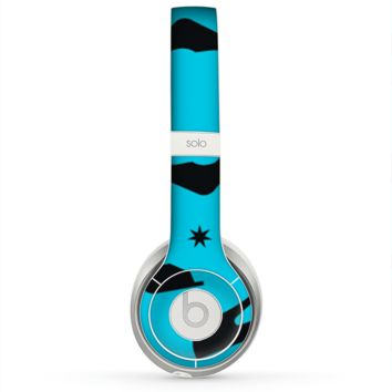 The Blue & Black High-Heel Pattern V12 Skin for the Beats by Dre Solo 2 Headphones