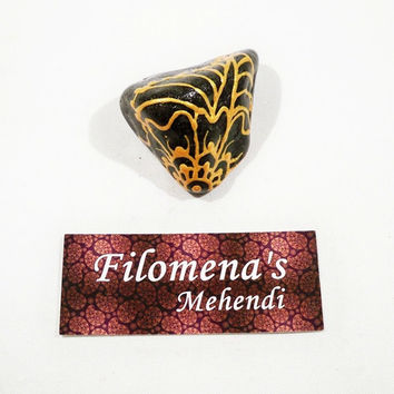 Flower stone, Message rocks, Floral gift for her, Thank you friend, Garden gift, Message stone, Word stone, Funny gift, Friendship gift