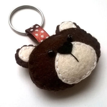 Felt bear keychain - teddy bear - felt accessories - eco friendly - gift for him - gift for her - key holder - felt animals
