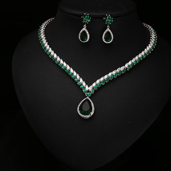 Classic Design Emerald Water Drop Shape Cubic Zirconia Diamond Anniversary Jewelry Set