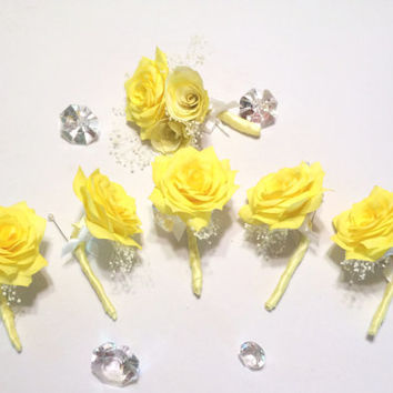 Yellow Paper Wedding Boutonnieres, Buttonhole flower, Lapel, Groom Boutonniere, Paper Boutonnieres, Groomsmen Boutonniere, Prom boutonniere