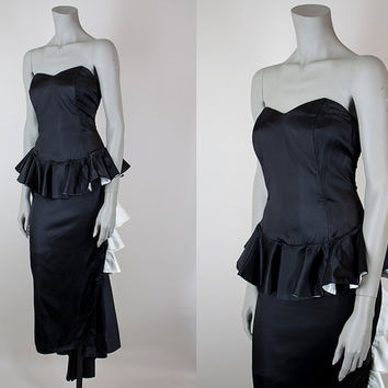 SALE Vintage 80s Dress / 1980s Gunne Sax Strapless Black Satin Peplum Bustle Gown S
