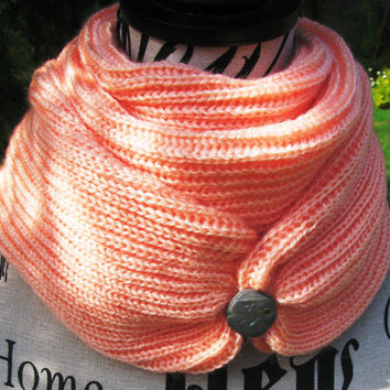Knit Scarf with button, FREE SHIPPING. Arm Knit  infinity scarf, Knitted scarf. Cowl, loop scarf , Woomen scarf. open weave.  gift for women
