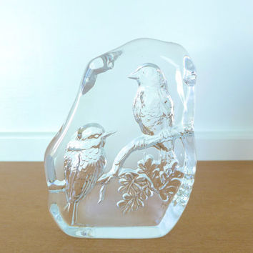 Art glass bird intaglio, birds on branch
