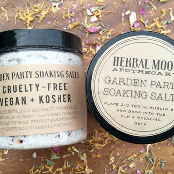 8oz GARDEN PARTY aromatherapy soaking salts // calendula, roses, lavender, ylang ylang // vegan friendly, organic bath salts