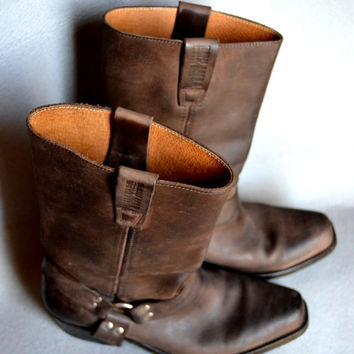 BOYX MORA: maron leather motorcycle boots. Eagles outside. Harness interior. Made in Spain. Tamaño41europeo-8, 5USA, wnisex